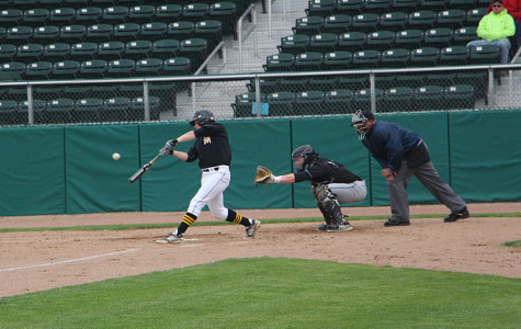 Gallery: Boys Baseball vs. SM East