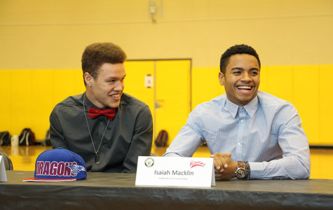 Gallery: Winter Sports Signing