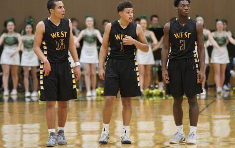 Boys Basketball Advances to Sub-State Final