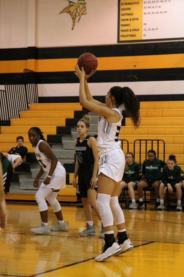 Varsity+Girls+basketball+game+against+Free+State.
