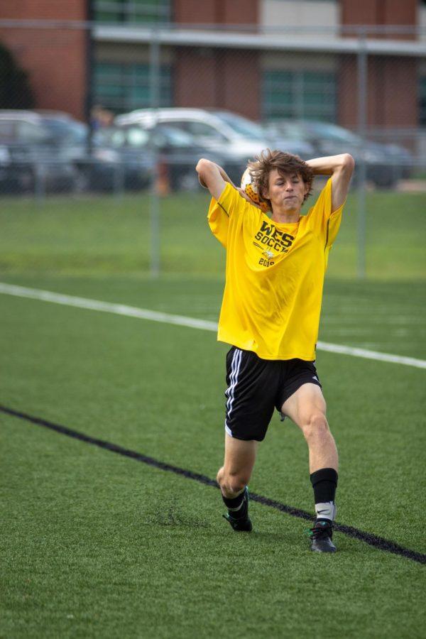Soccer+Alumni+Game